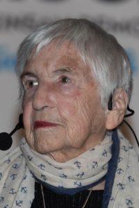 Esther Bejanaro